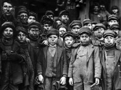 DER Film Children of Labor