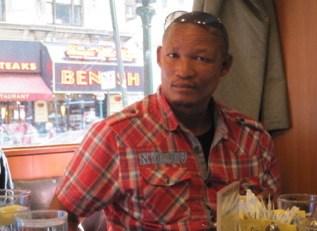 Oma (Leon) Tsamxao
