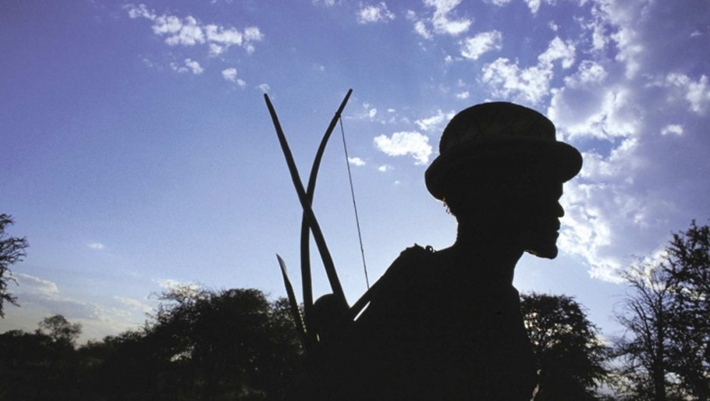 Ju/'hoan San elder on a hunt, Namibia, 1999, © Paul Weinberg