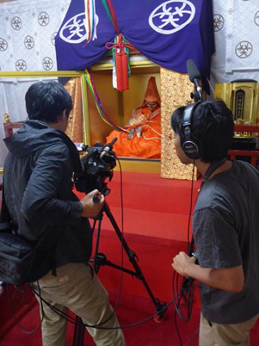 Buddha Mummies - Filmmakers Shooting 2